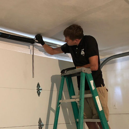 Garage door repair service in Orland Park, IL area