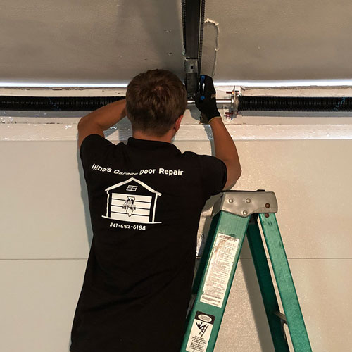 Garage door repair service in St. Charles, IL area