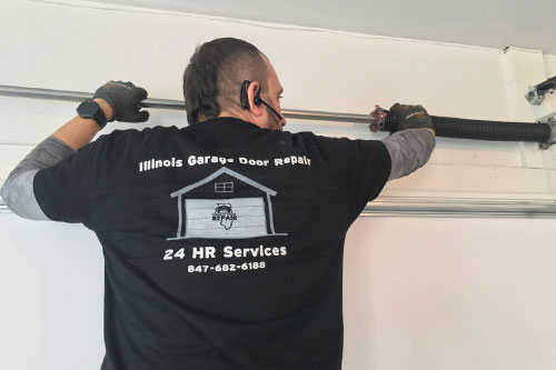 Garage Door Technician In Naperville, IL