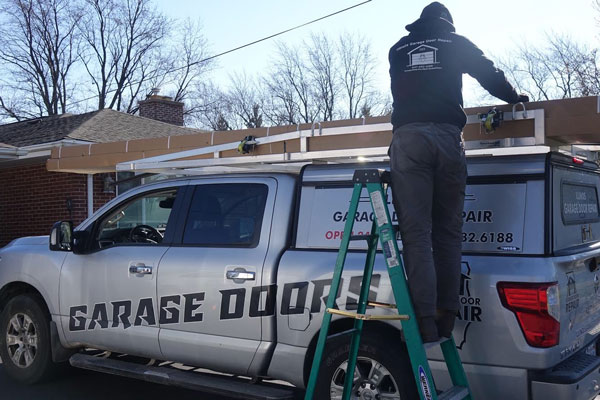 Garage door repair in Batavia, IL area